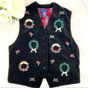 🦋KAREN SCOTT Christmas Plaid Velvet Wreath Vest